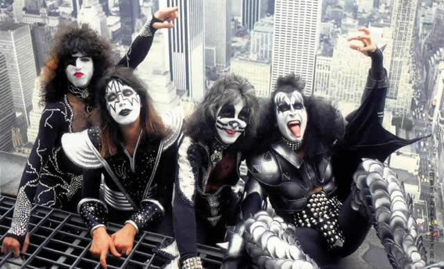 Kiss in 1976