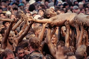 Woodstock 94 muddy crowd