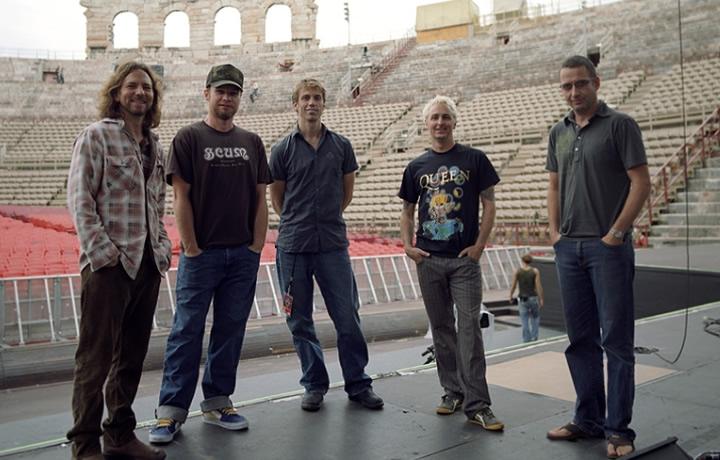 Pearl Jam in 1998